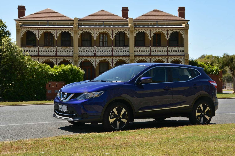 2017 Nissan Qashqai Review - CarConversation   Independent