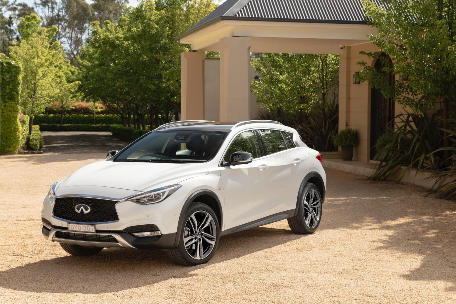 2019 Infiniti Q30 and QX30 specs and pricing