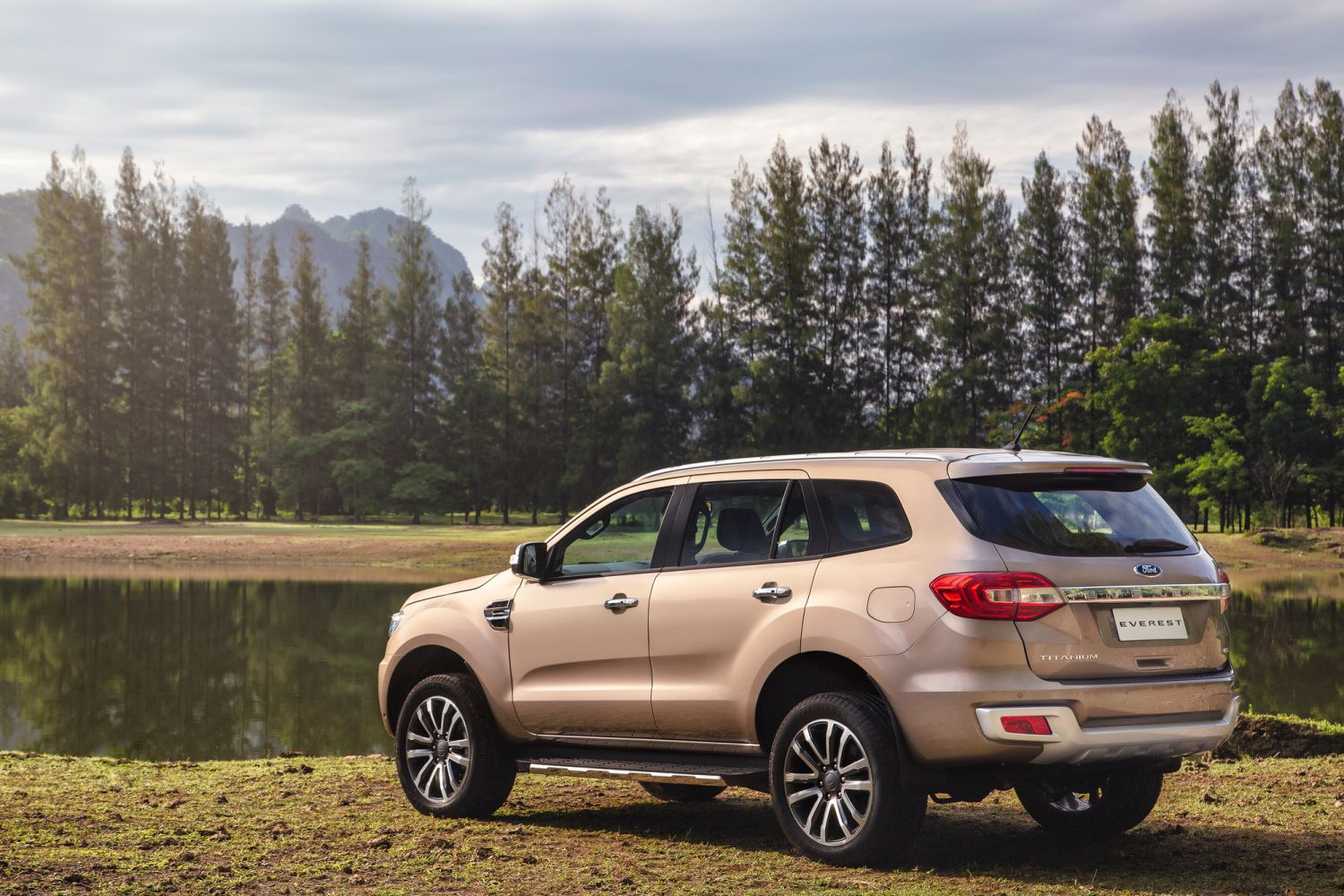 2019 Ford Everest Specs And Pricing Carconversation