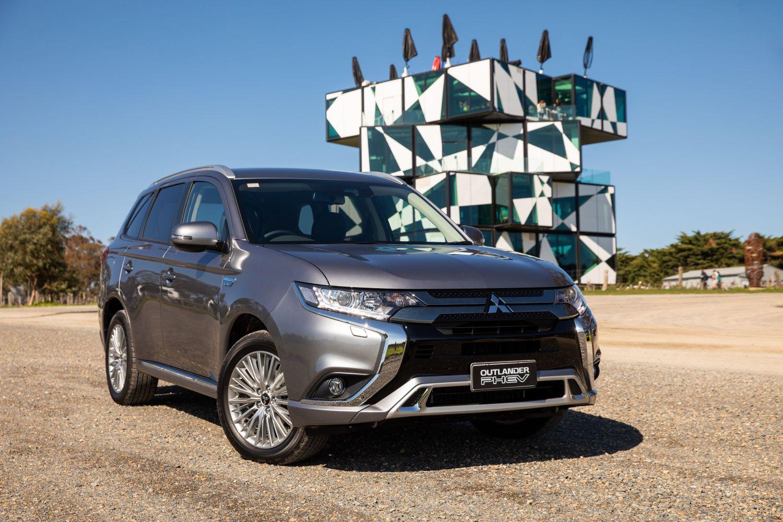 2019 Mitsubishi Outlander: News, Upgrades, Price >> 2019 Mitsubishi Outlander News Upgrades Price Upcoming New Car