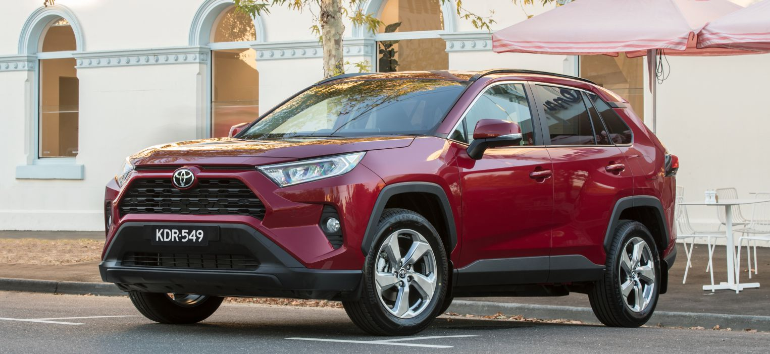 2019 Toyota RAV4 specs and pricing